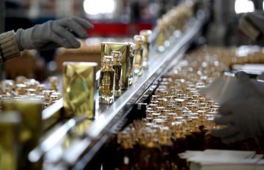 Сбербанк назвал первоапрельской шуткой новость о создании фирменного аромата