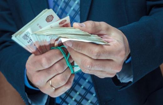 Бизнесмены потребовали от полковника ФСБ Черкалина 16,5 млрд рублей
