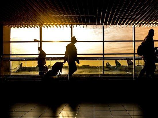 США приостановили авиасообщение с Индией