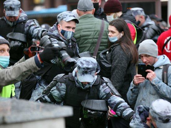 В Томске задержали 20 участников «Монстрации»