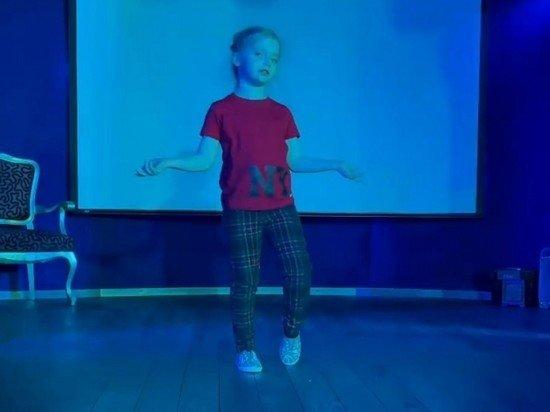 Галкин показал зажигательный танец дочери Лизы: