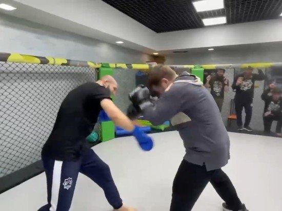 Кадыров опубликовал видео своего боя с