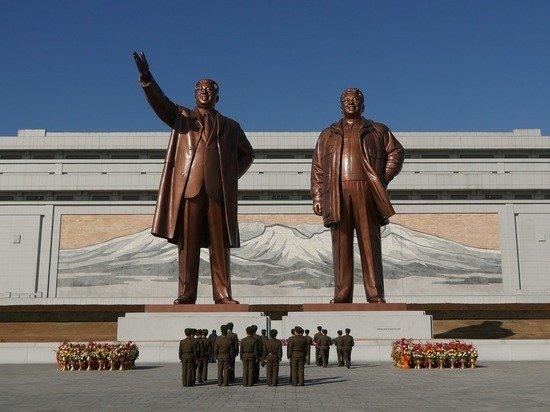 МИД КНДР пообещал ответить на враждебную политику США