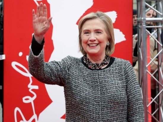 Клинтон призвала Белый дом искать точки соприкосновения с Россией