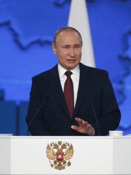 Посол Сербии рассказал, когда в страну совершит визит Путин