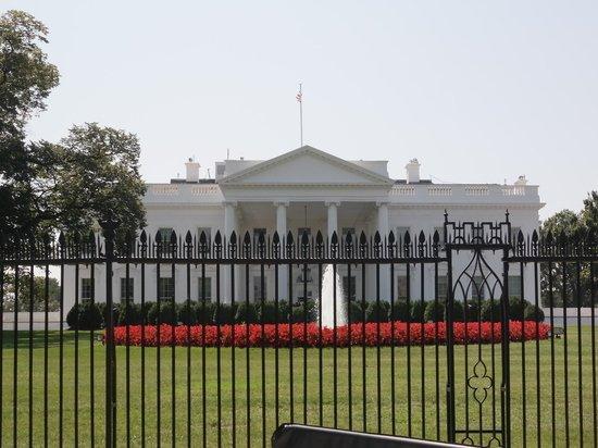 Белый дом заявил об открытых дверях НАТО для Украины