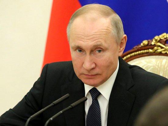 Путин поздравил страны СНГ и Украину с Грузией с Днем Победы