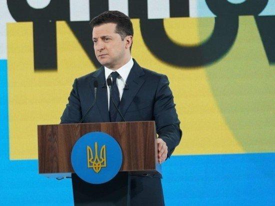 Зеленский: украинский День памяти и примирения не замена Дню Победы