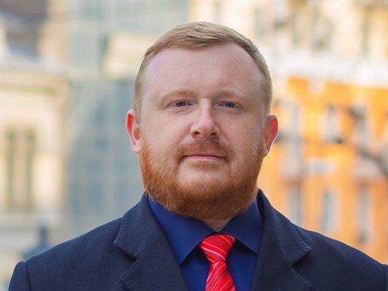 Развод и алкоголь довели экс-кандидата в губернаторы Ищенко до психдиспансера