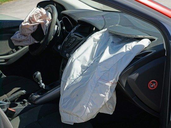 Автомобиль депутата Госдумы попал в ДТП
