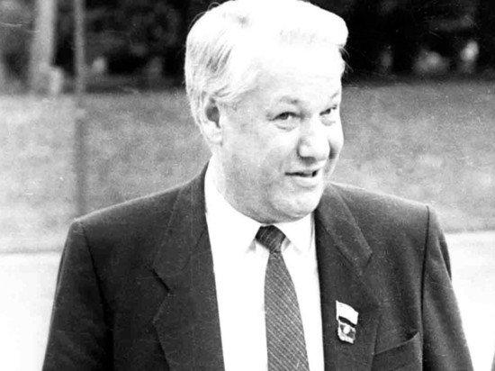 Познер назвал Ельцина русским красавцем