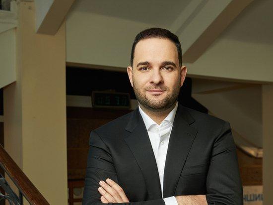 Ректор РХТУ Мажуга призвал решить проблему низких зарплат молодых специалистов