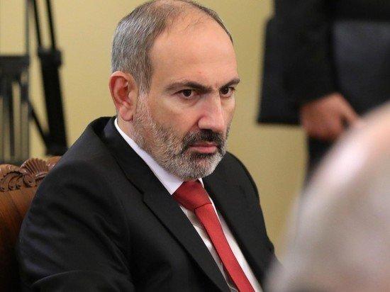 Пашинян обвинил экс-президента Армении в попытке передать землю Азербайджану