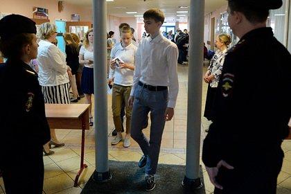 По Москве прокатилась волна сообщений о нападениях после стрельбы в Казани