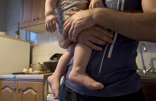 Поправки в закон ограничат вывоз детей за рубеж при родительских разногласиях