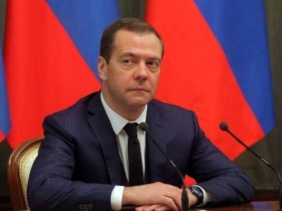 Медведев рассказал об ожиданиях от встречи Путина и Байдена