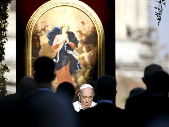 Папа Франциск запретил священникам насиловать взрослых