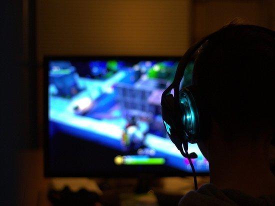Владельцев игровых платформ могут заставить хранить переписки геймеров