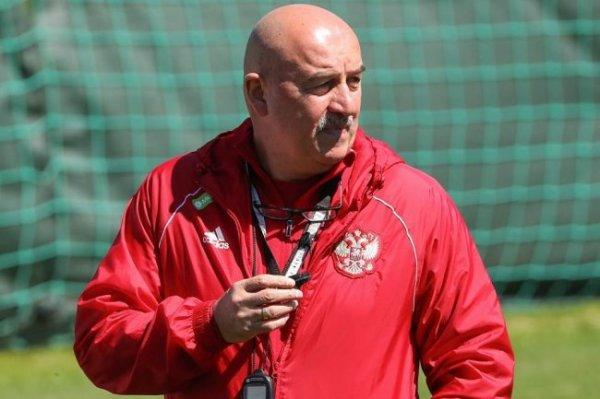 Черчесов назвал основного вратаря на Евро-2020