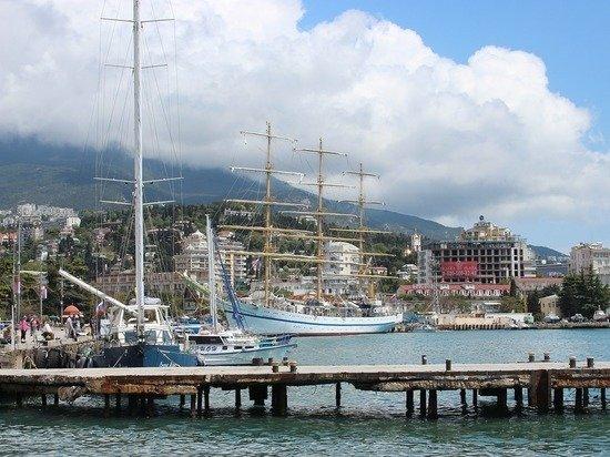 Задравшие цены крымские частники пошли на скидки для туристов
