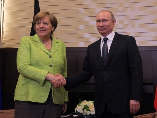 Путин признался, что будет скучать по Меркель