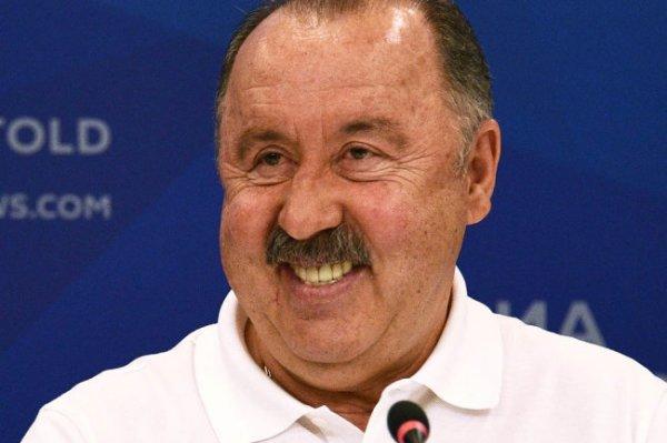 Газзаев: Сборная России по футболу должна дойти до полуфинала Евро-2020
