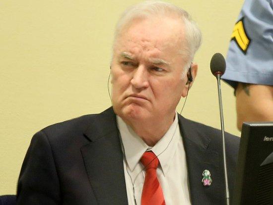 Потребовавший оправдания генерал Младич решил выслушать вердикт гаагского суда лично