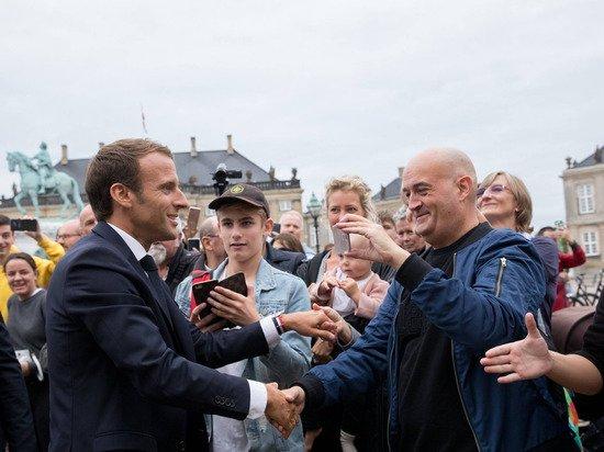 Премьер Франции назвал пощечину Макрону ударом по демократии