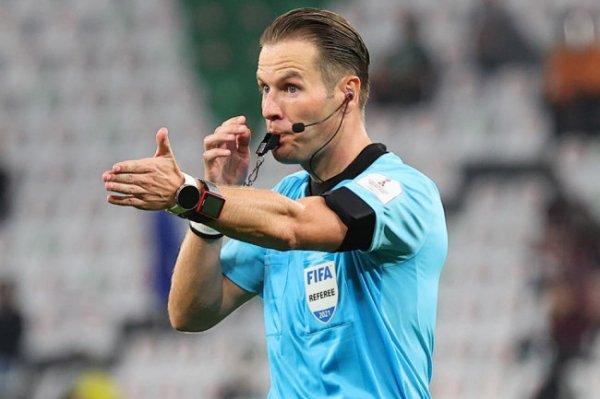 Арбитр Маккели назначен на матч открытия Евро-2020