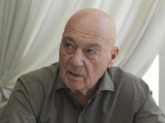 Познер назвал идиотизмом возмущение россиян на форму сборной Украины