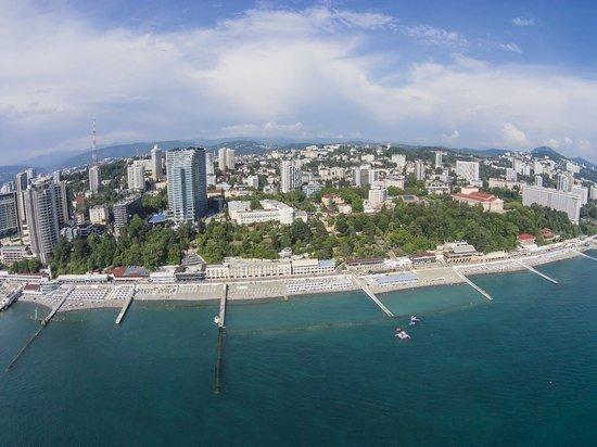 Туристы и операторы рассказали о ценах на черноморских курортах: налетай, подешевело