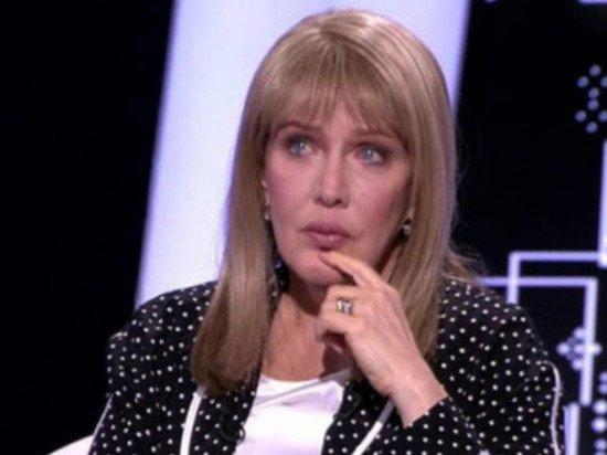 Елена Проклова объяснила свое молчание о домогательствах
