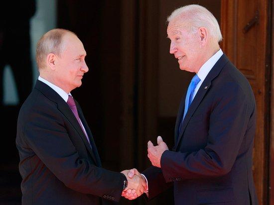 Путин и Байден обменялись подарками: самые странные презенты президентам