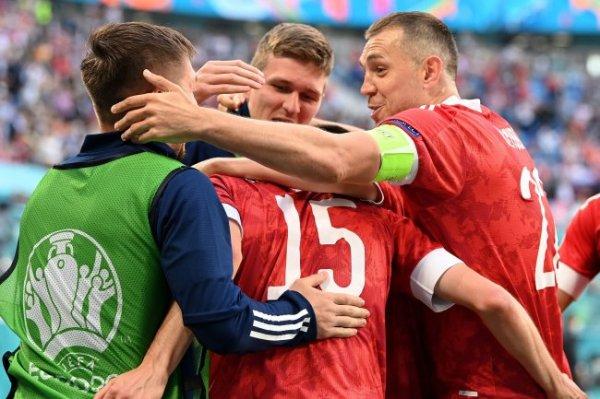 Ловчев и Моссаковский сделали прогнозы на матч Россия - Дания