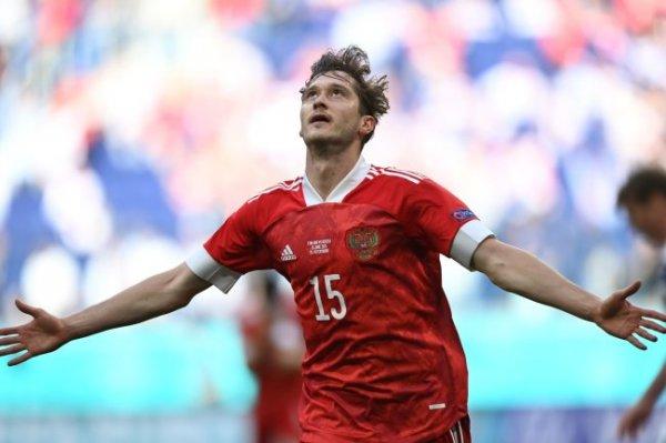 Фернандеш: Был удивлен, что Миранчук не вышел в старте против Бельгии