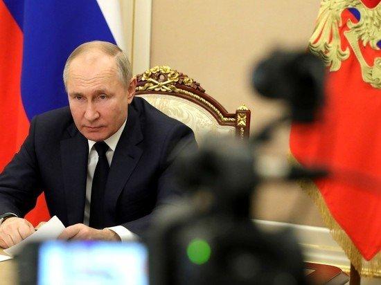 Названы популярные вопросы, которые присылают для прямой линии с Путиным