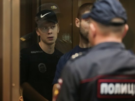 Суд оштрафовал брата Кокорина после драки возле ЦМТ