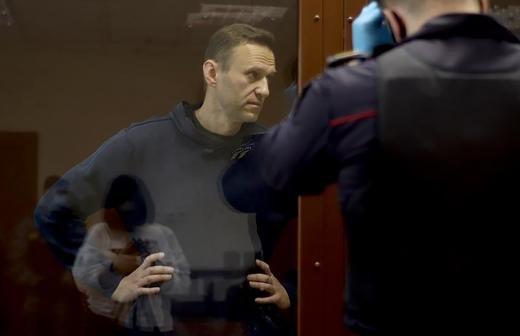 Суд арестовал обманувшего ветерана Пронина мошенника