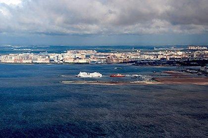 Теплоход с пассажирами столкнулся с гидроциклом в Финском заливе