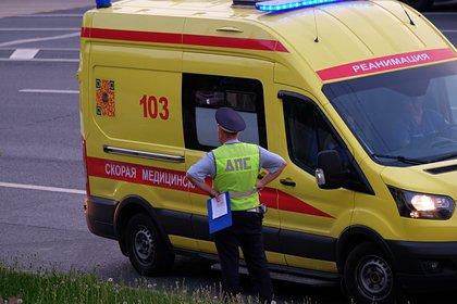 Ребенок выпал из окна многоэтажки в Москве