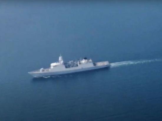 Скандально известные британский эсминец и голландский фрегат покинули Черное море