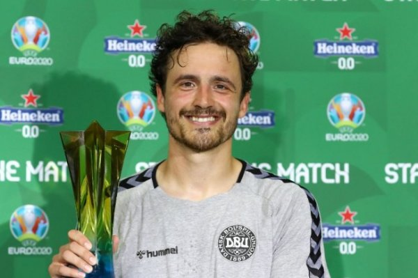 Дилейни признан лучшим игроком матча Чехия - Дания