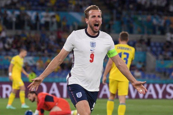 Капитан английской сборной Харри Кейн скоро станет лучшим бомбардиром