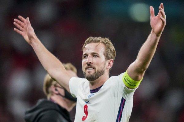Кейн признан лучшим игроком матча Англия - Дания
