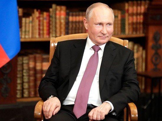 Путин прокомментировал возможность введения раздельного обучения в школах