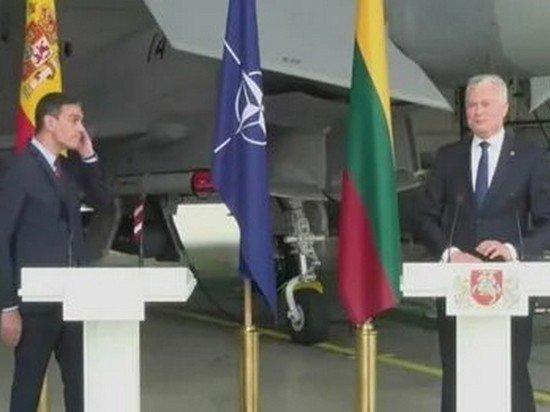 Пресс-конференция испанского премьера в Литве прервалась из-за тревожного сигнала