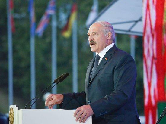 Лукашенко: на Белоруссию началась террористическая атака