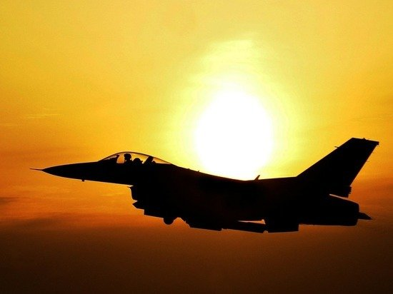США направили эскадрилью истребителей F-16 в Болгарию