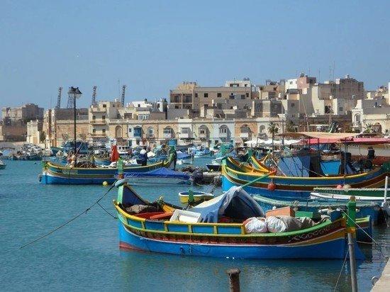 Власти Мальта передумали пускать в страну только привитых от COVID-19