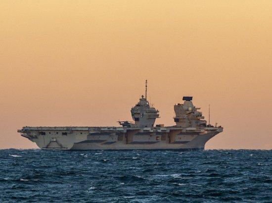 На британском авианосце случилась вспышка коронавируса у привитых моряков